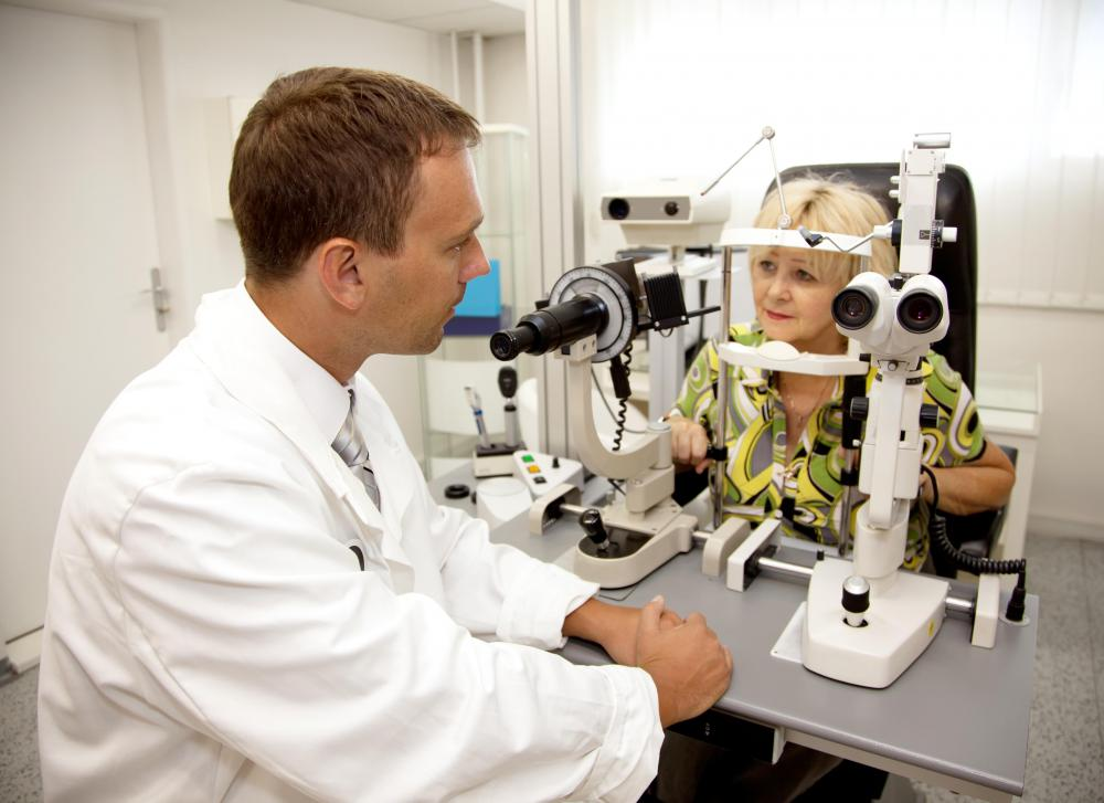 Optometrists can perform glaucoma tests.