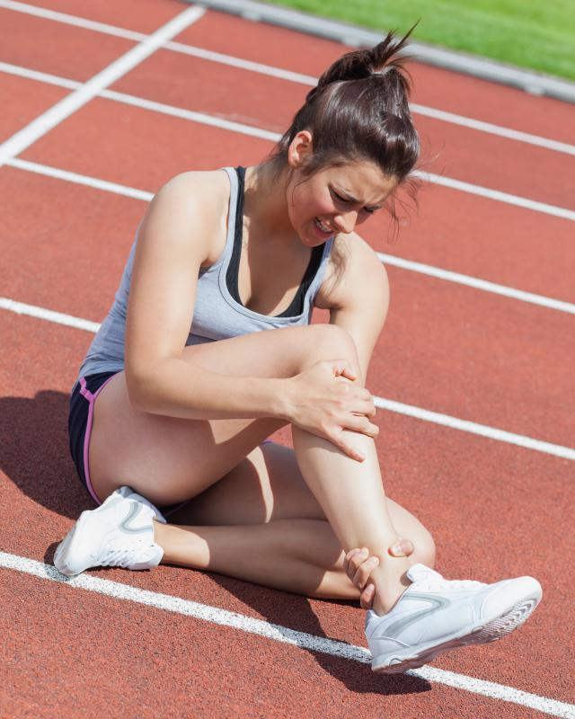 Runners who have experienced ankle injuries may benefit from a foot splint.