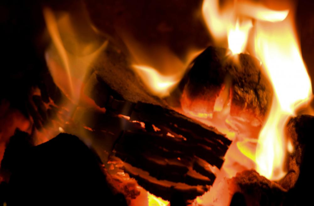 Fireplace Design starting a fire in a fireplace : What is the Best Way to Build a Fire in the Fireplace?