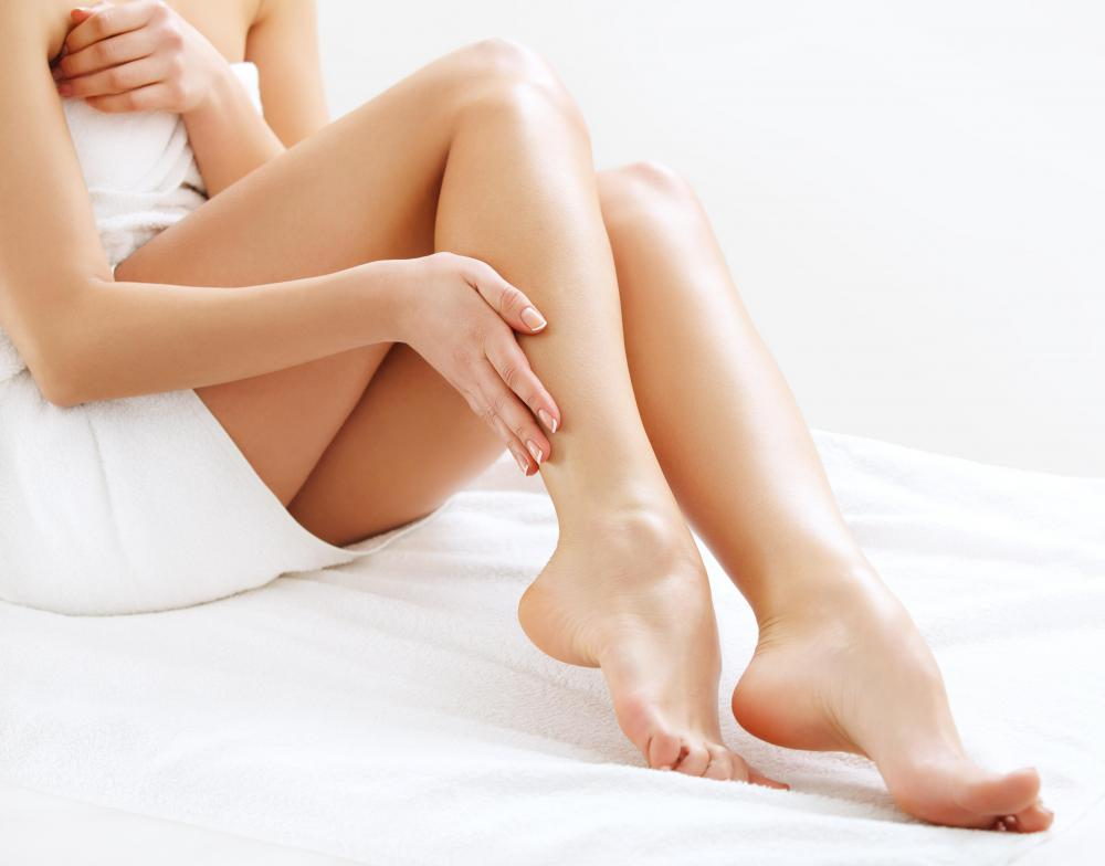 Waxing may help a woman avoid razor burn on her legs.