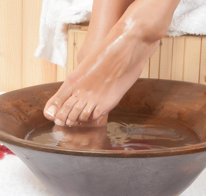 A common home remedy for nail fungus is to soak feet daily in a bath of white vinegar and water.