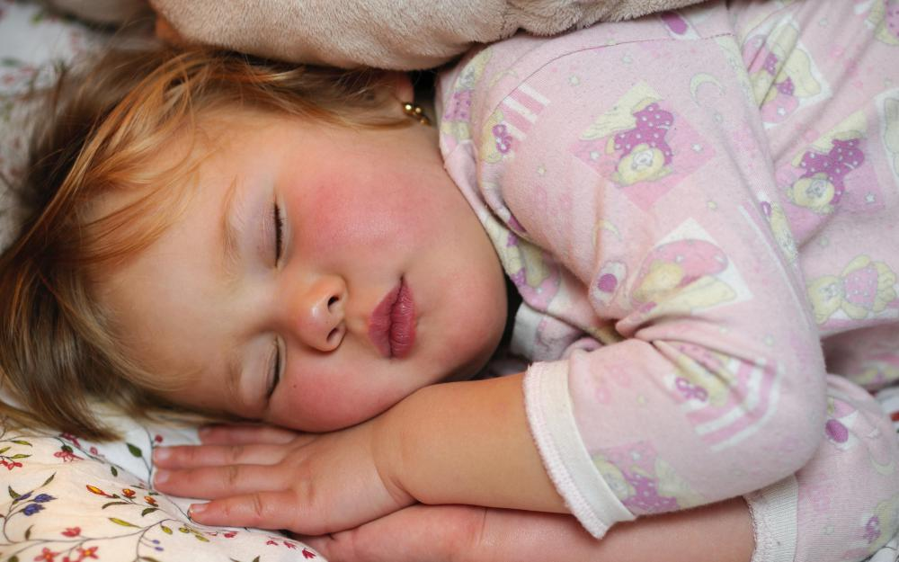 Sleep disturbances like apnea adn insomnia can contribute to hallucinations in children.