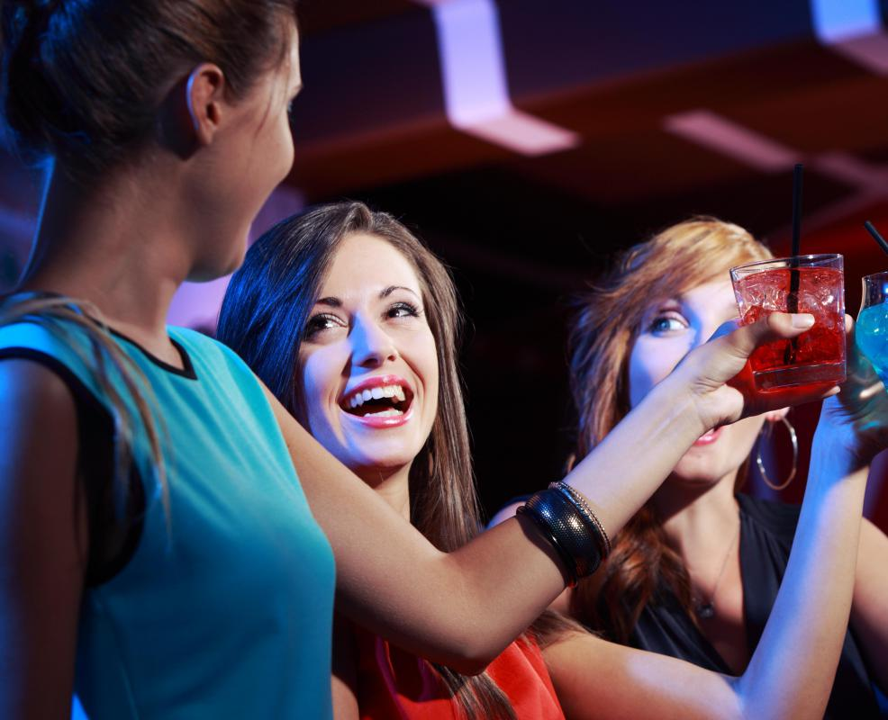 Guests can drink without paying at an open bar.