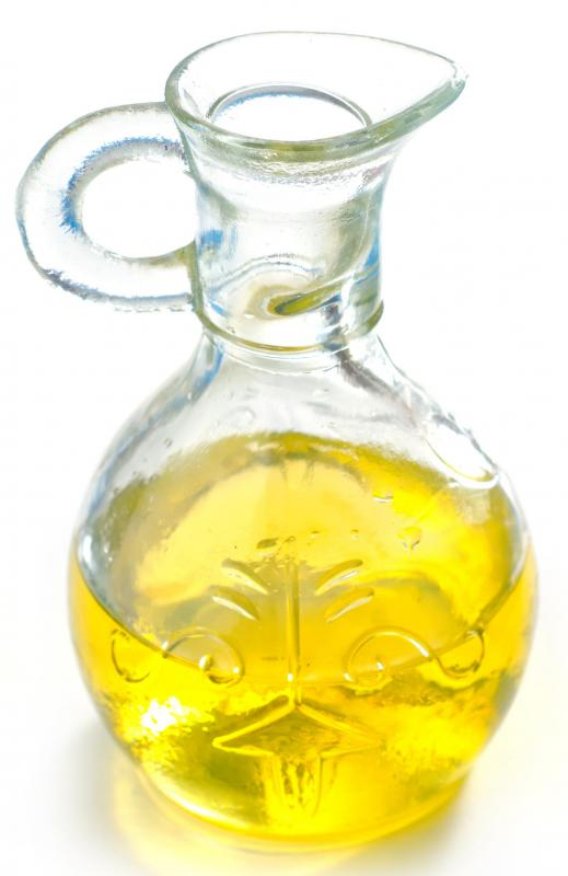 Olive oil is a primary ingredient in Catalina dressing.