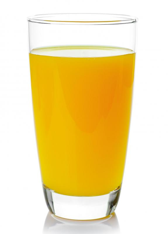 Drinking a glass of orange juice daily can help you to reduce uric acid levels.