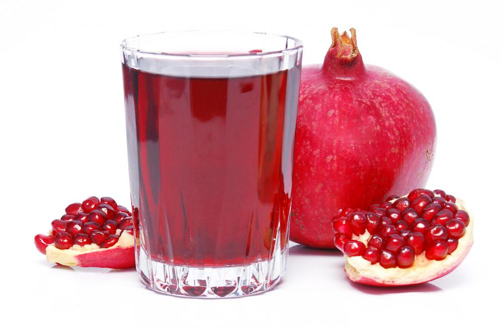 Pomegranate juice can be drunk on a clear liquid diet.