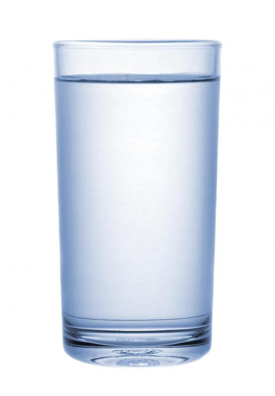 Drinking water can help prevent sun poisoning.