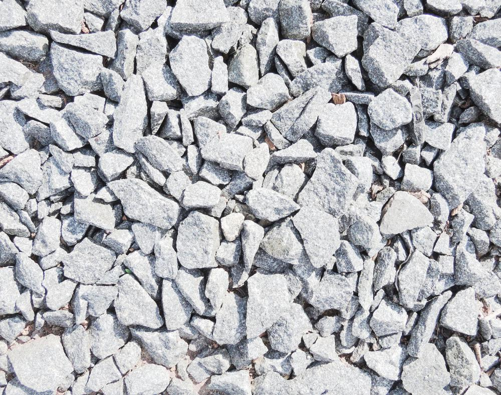 Gravel is one variety of inorganic mulch.