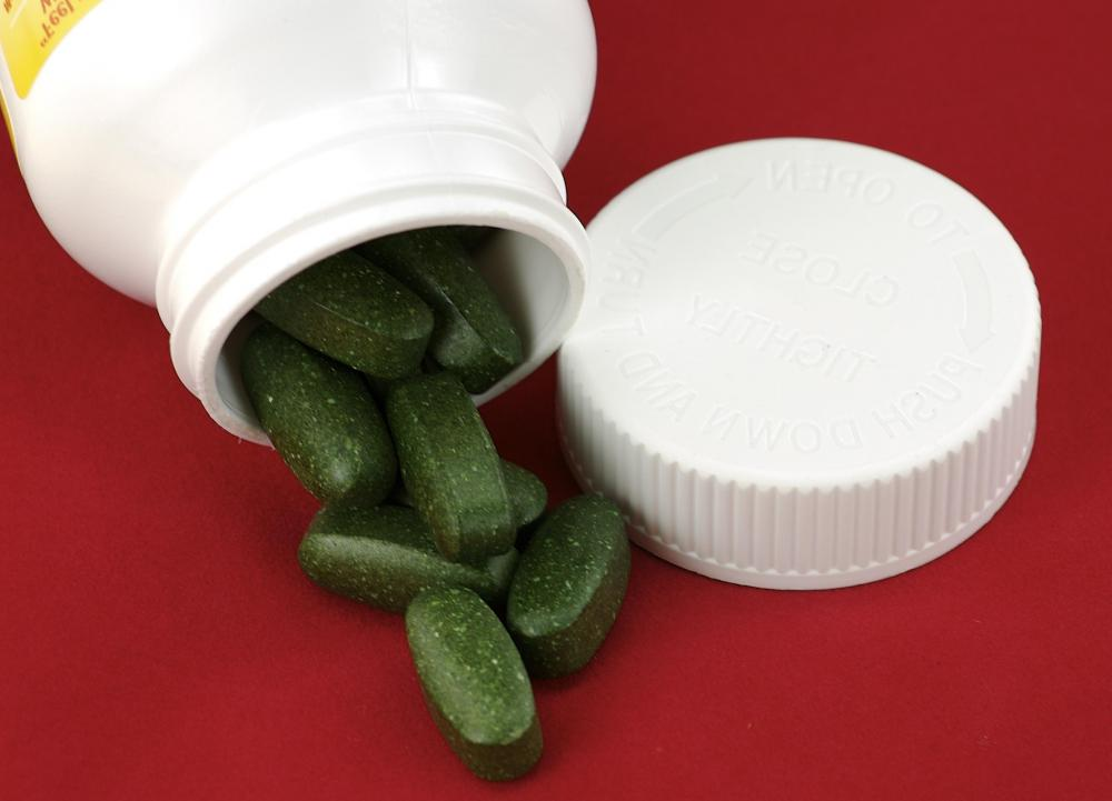 Multivitamins can contain many different types of vitamins, as well as minerals such as iron, zinc and copper.