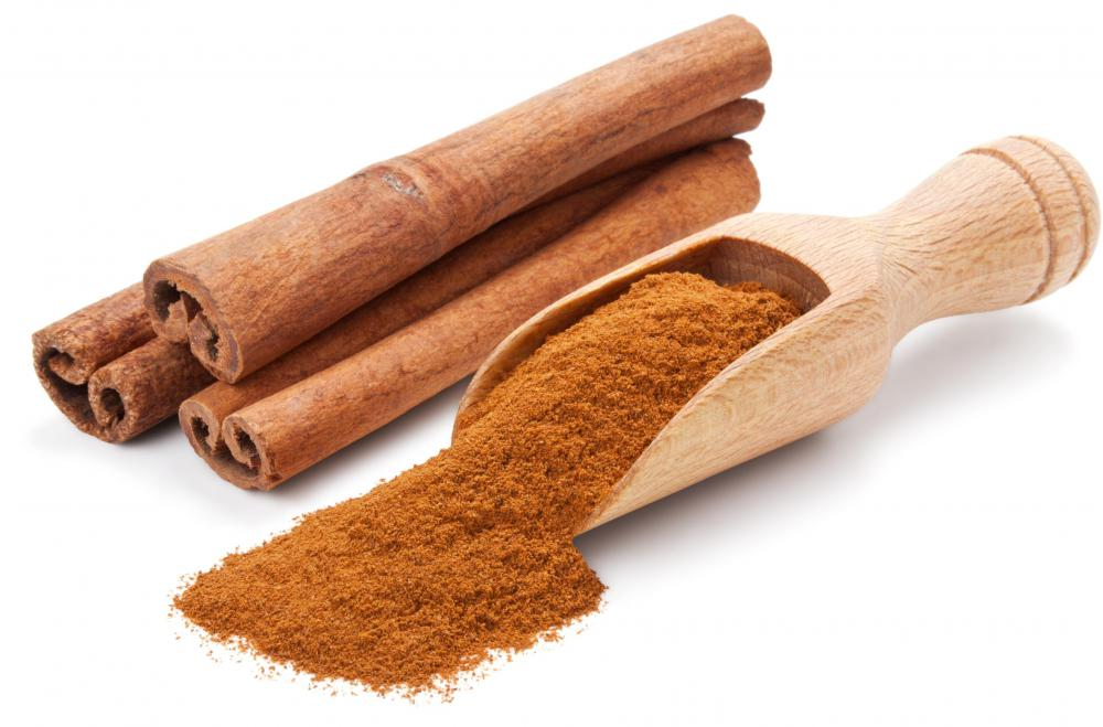 Cinnamon is a typical ingredient in arroz con leche.