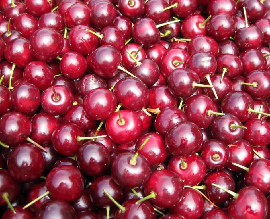 Cherry is traditionally used in spumoni.