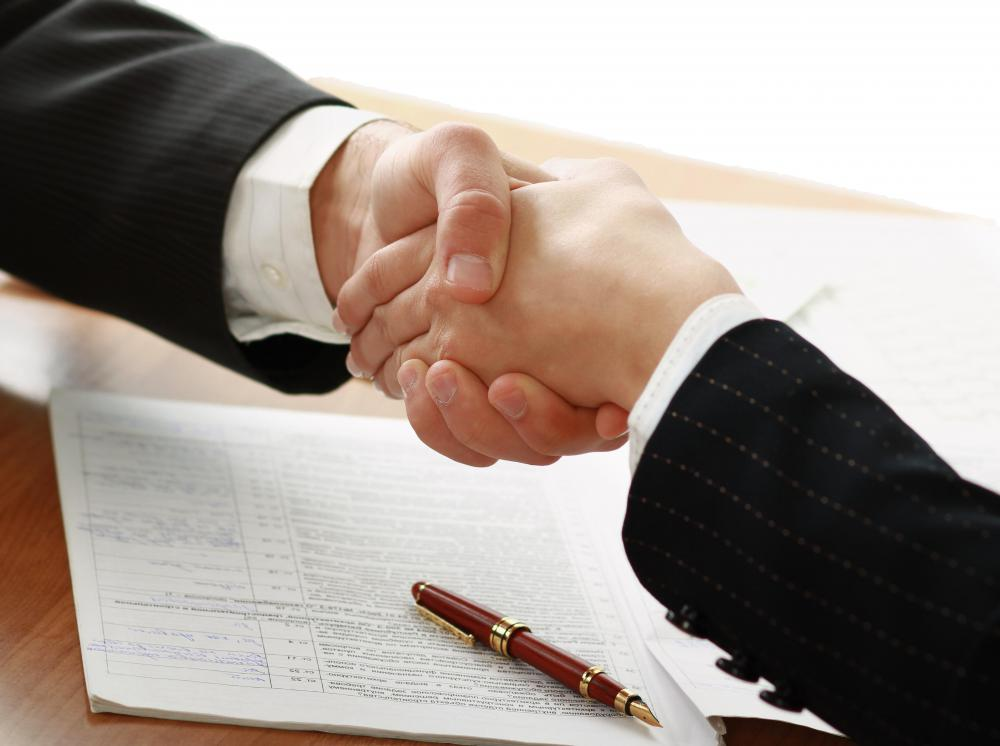 It's important to give a firm handshake following every discussion during a job fair to leave a good impression.