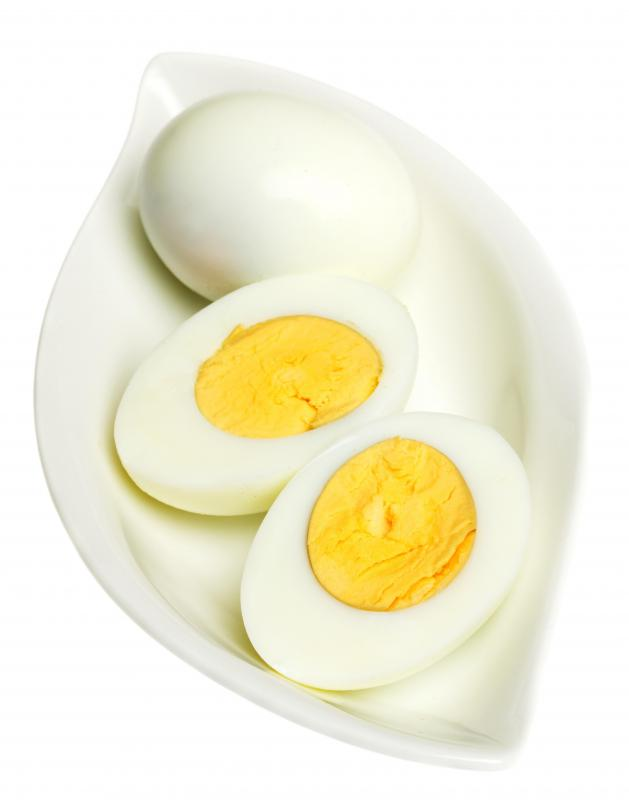 Hard boiled eggs, which are used to top pizza in Brazil.