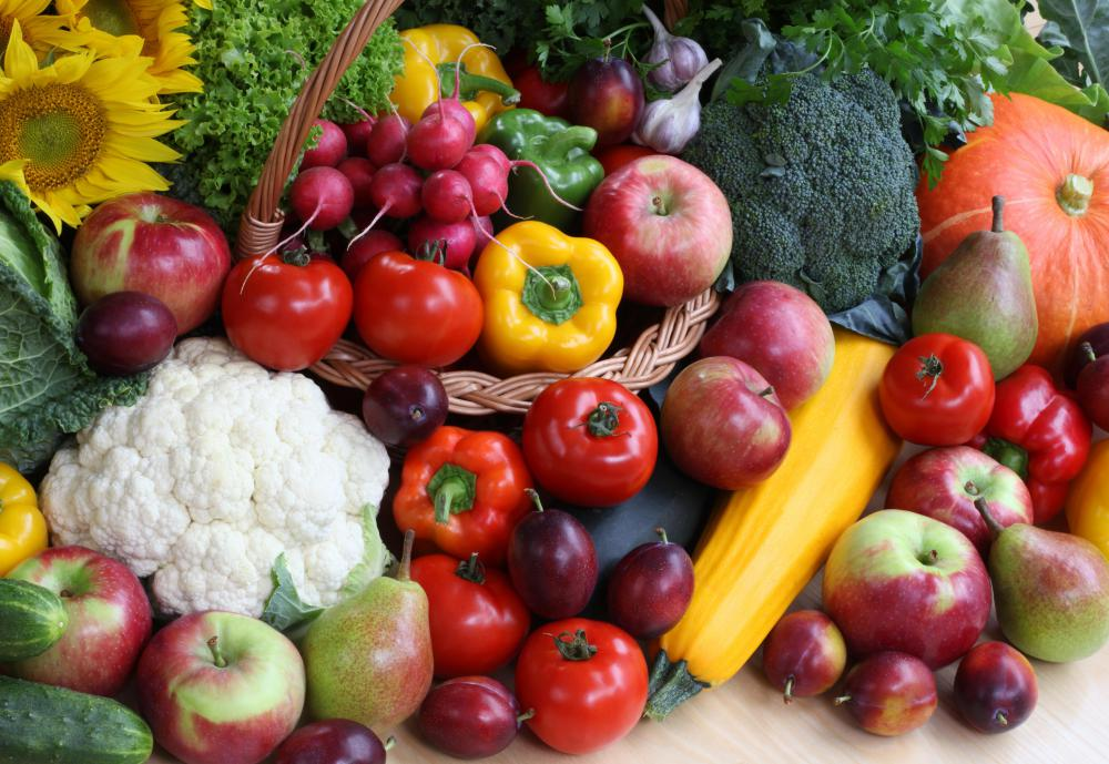After fissure surgery, patients are typically advised to eat lots of vegetables and other high-fiber, low-fat foods.