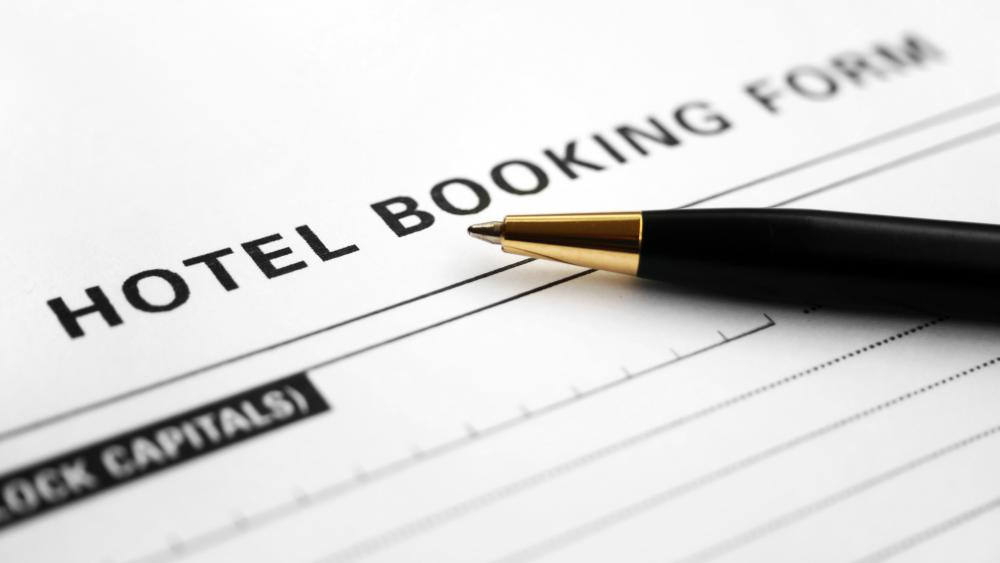 What is a guaranteed reservation with pictures for The hotel reservation