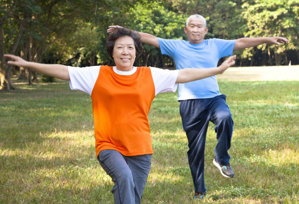 All forms of qigong can improve balance, create a sense of calm, and make the practitioner feel better both mentally and physically.