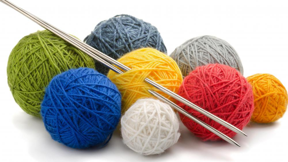 Yarn Knitting : Knitting needles are needed to properly knit yarn.
