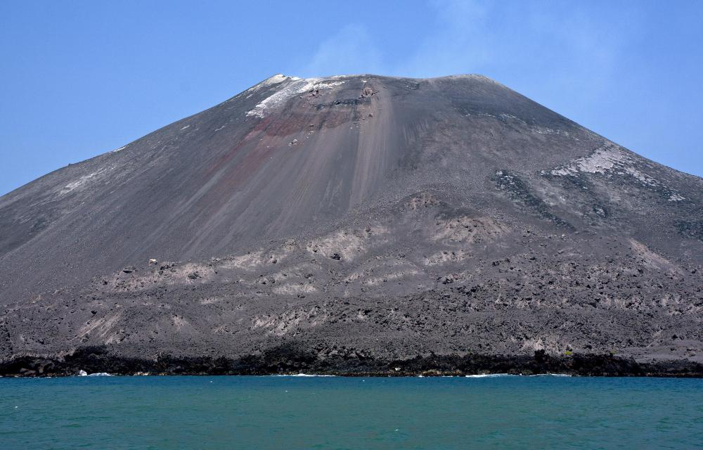 Huge volcanic explosions happened at Krakatoa Island, which is located in Indonesia.