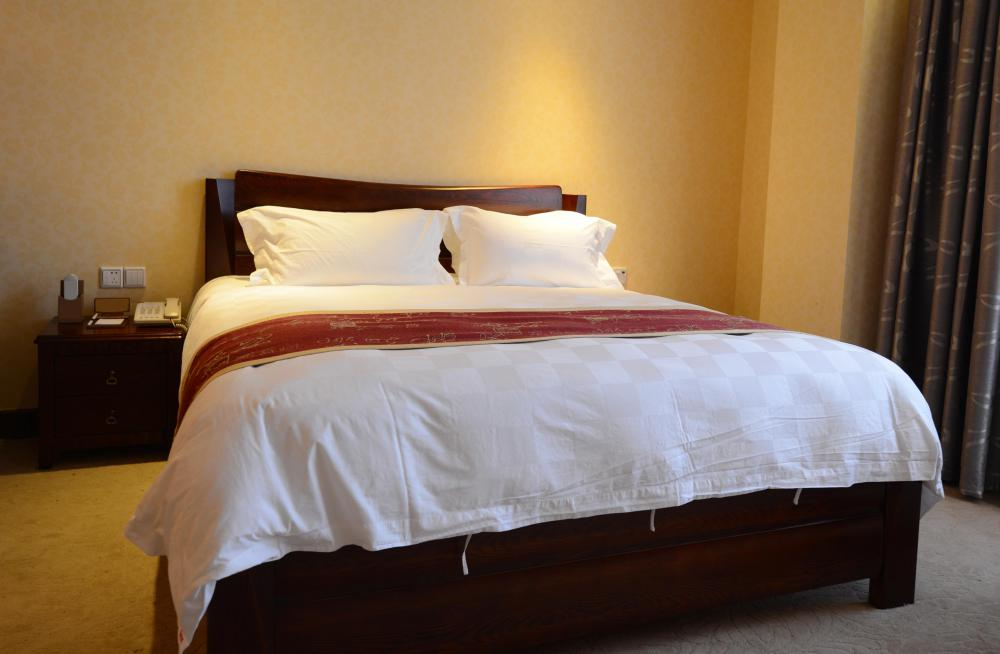Bedroom comforter sets can be silk, faux and hypoallergenic.