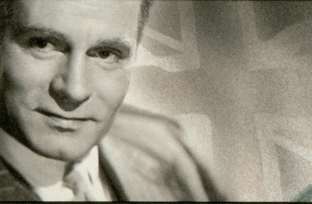 Sir Laurence Olivier earned knighthood in England and Denmark.