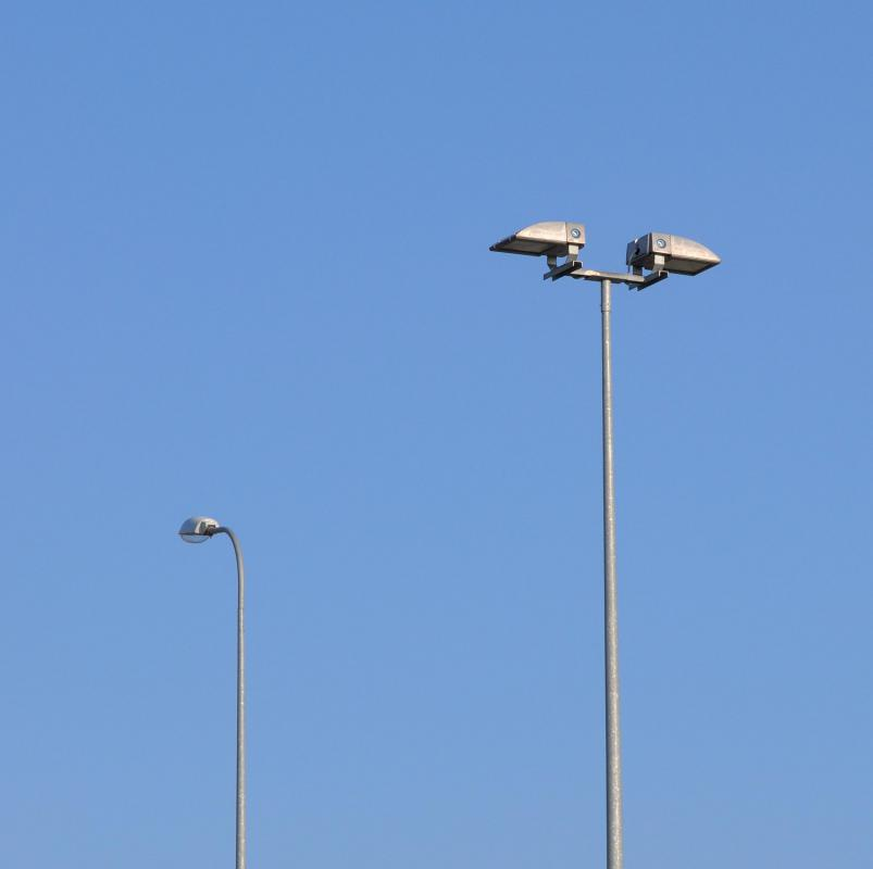 Local governments may use energy conservation grants to install street lighting.