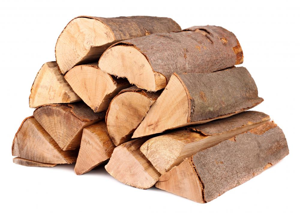 What are the Different Types of Firewood? (with pictures)