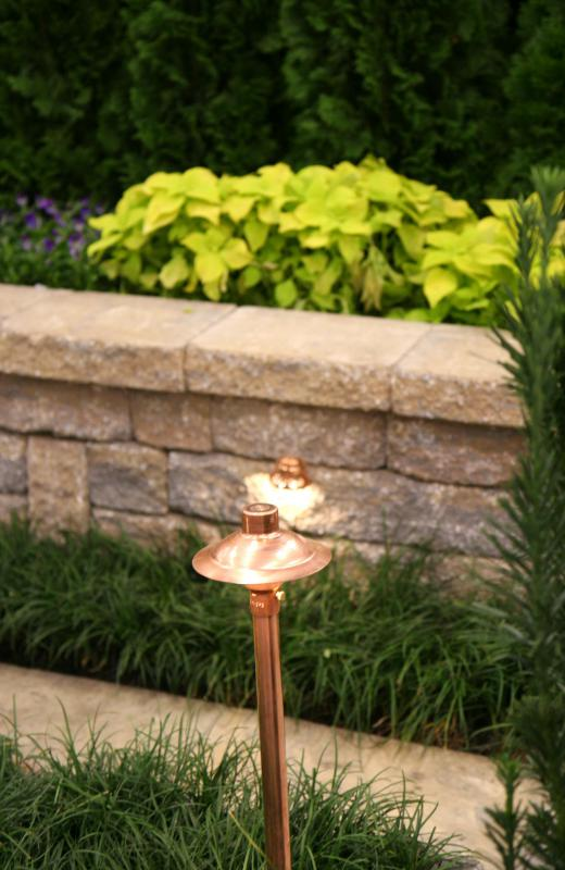 What Are The Diffe Types Of Landscape Light Fixtures