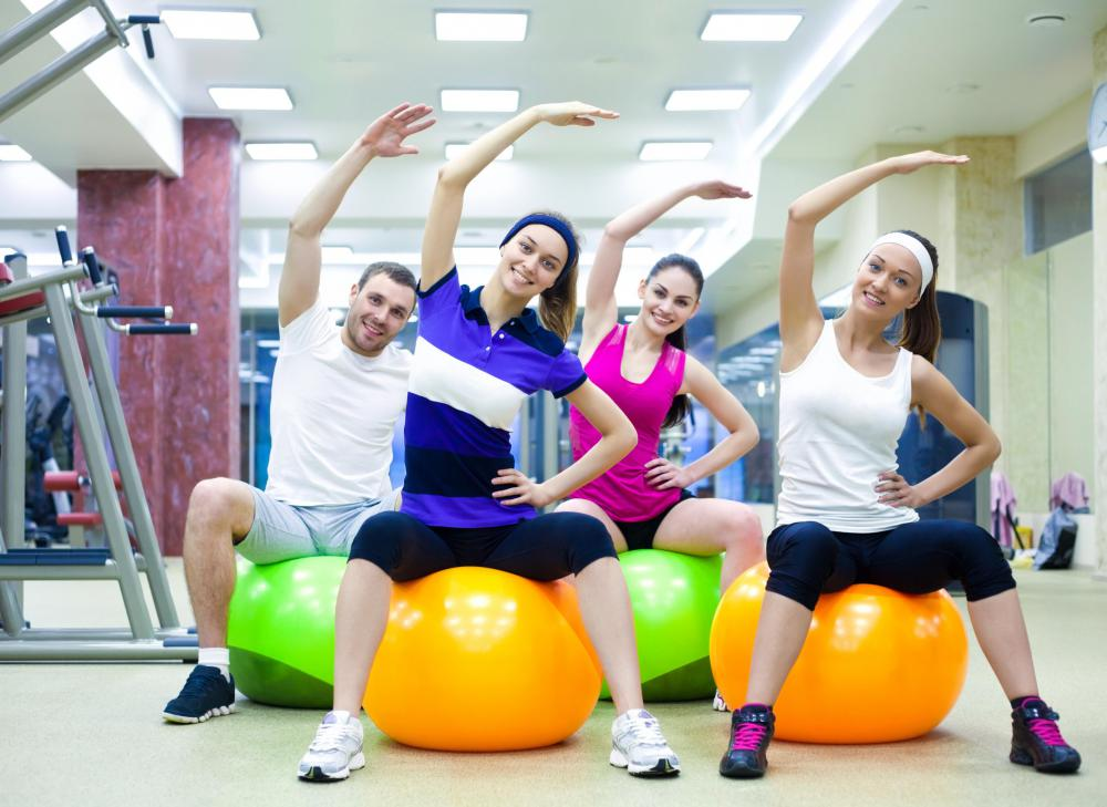 Dynamic exercises work the core using the exercise ball.