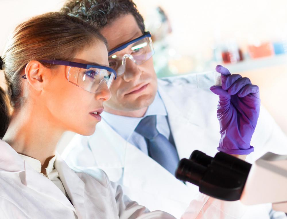 Histopathology technicians must know how to recognize a number of diseases and conditions.