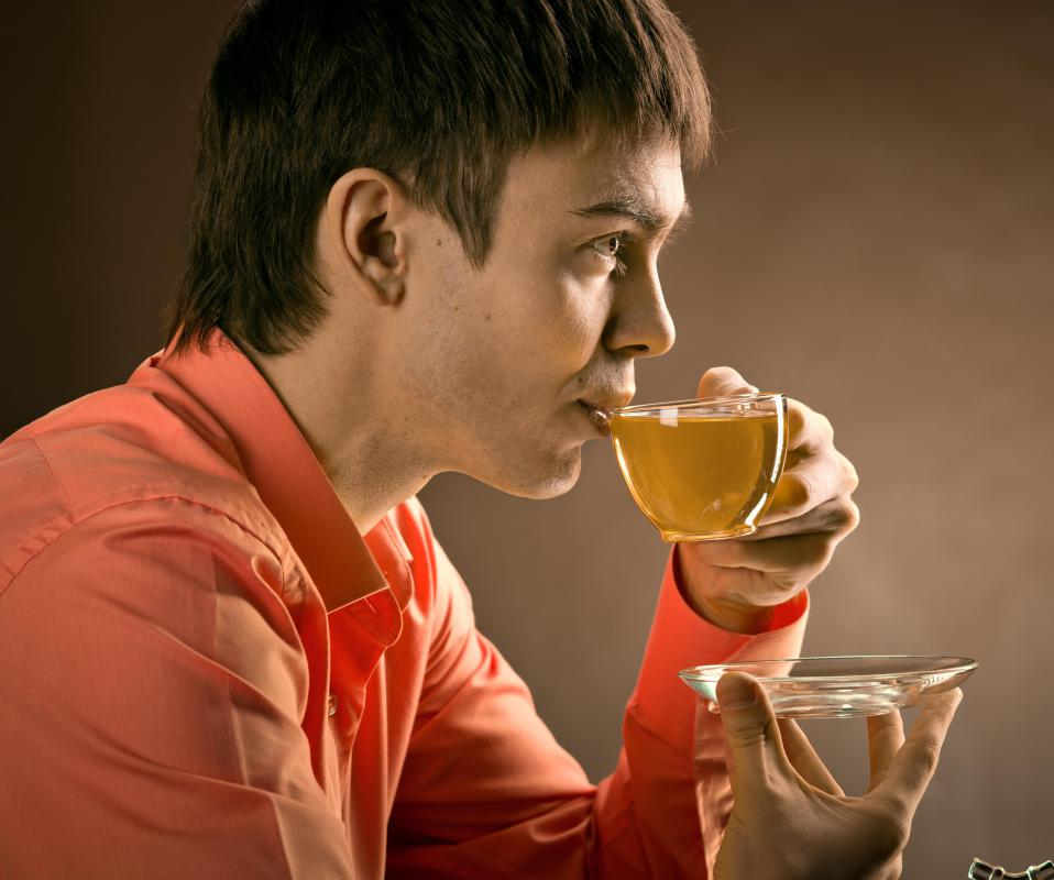 Drinking green tea may be part of the suddenly slim diet.