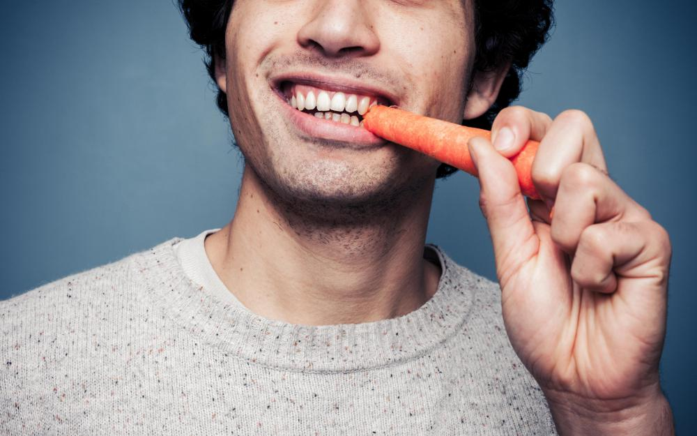 Eating carrots more frequently may help someone with a vitamin B7 deficiency.