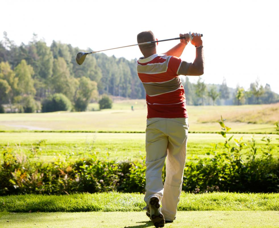 Several golf courses may be part of the same franchise system.