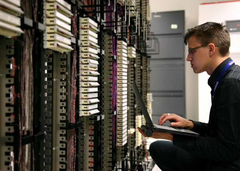 computer network administrator Learn about the differences between the role of a network administrator vs a system administrator, and see which career path is right for you.