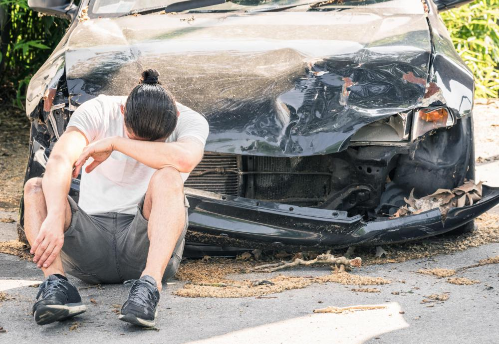 Fractures resulting from an automobile accident may cause damage to the malleus.