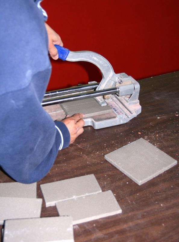 The material used for edging tiles will depend on the surface against which the tiles are joined.