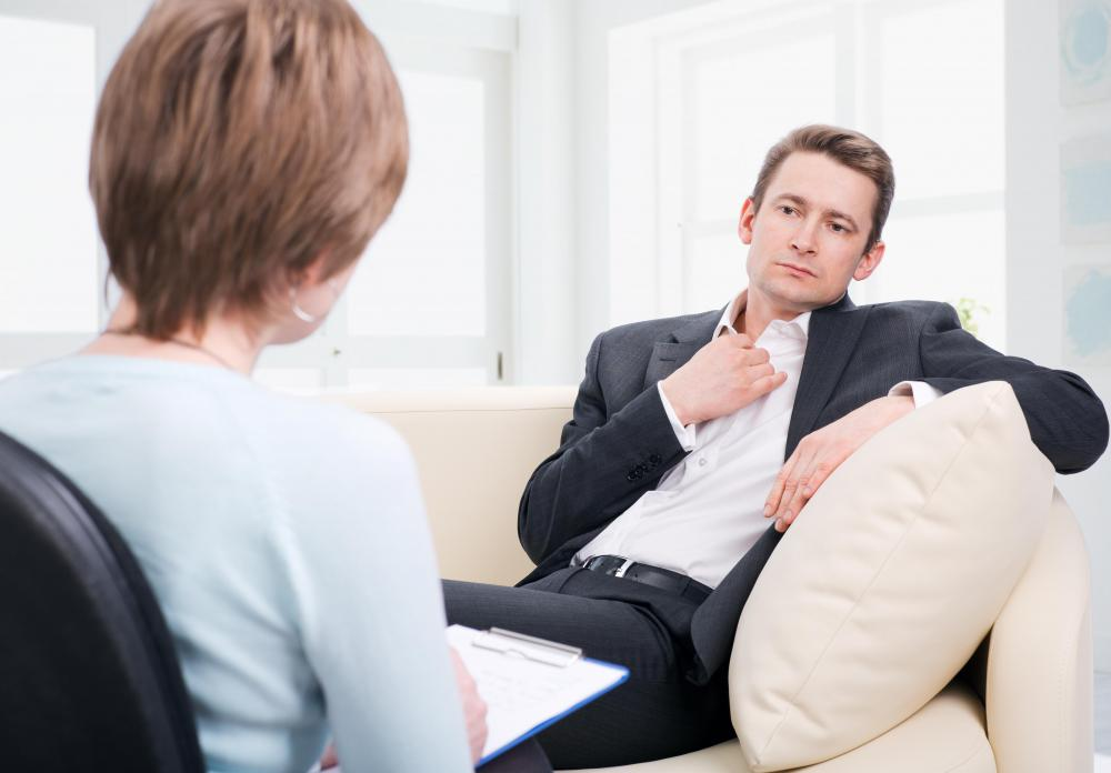 A therapist that follows cognitive theory focuses on helping the patient change his or her thinking patterns.