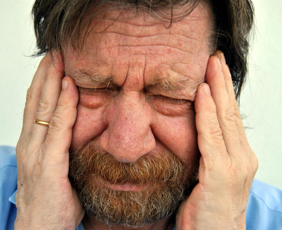 Symptoms of trigeminal neuralgia may include extreme facial pain.