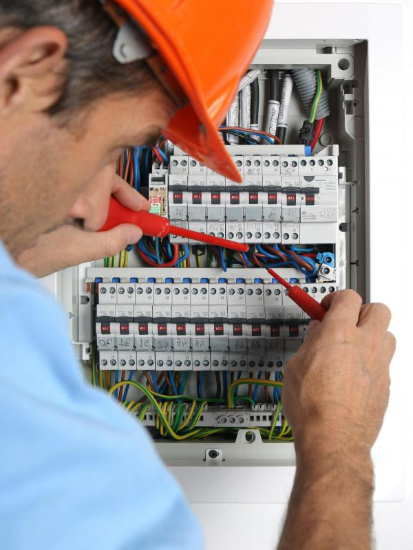 What is a Circuit Tester? (with picture)