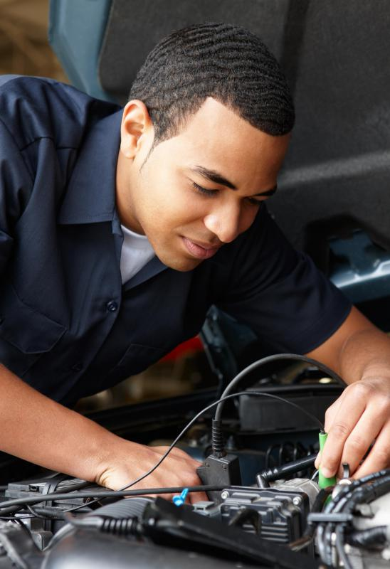 In order to seek employment, apply for online mechanic classes that offer a government-approved certificate of training.