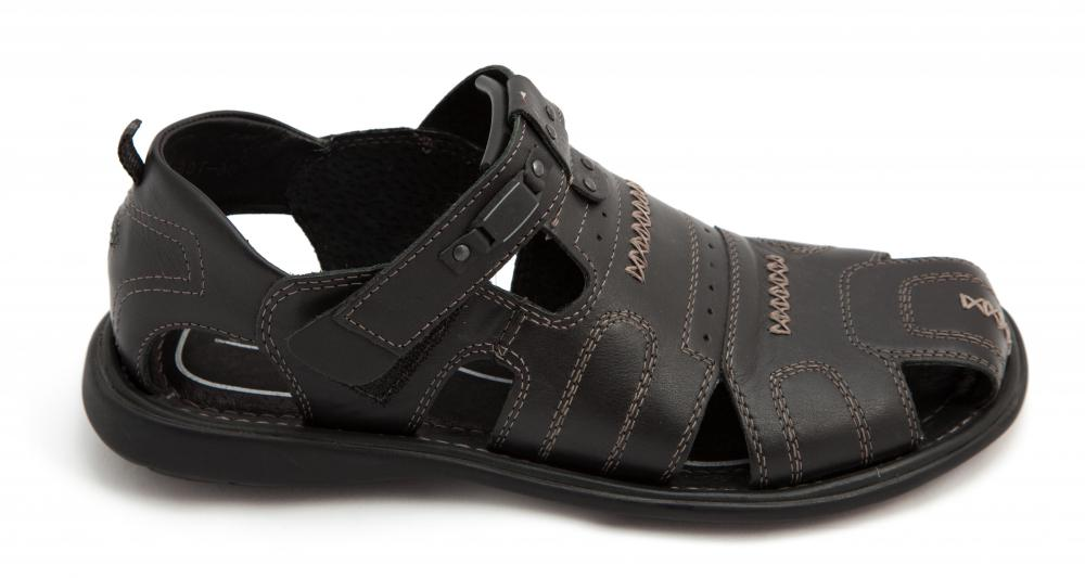 Durable sandals can be used as athleisure shoes.