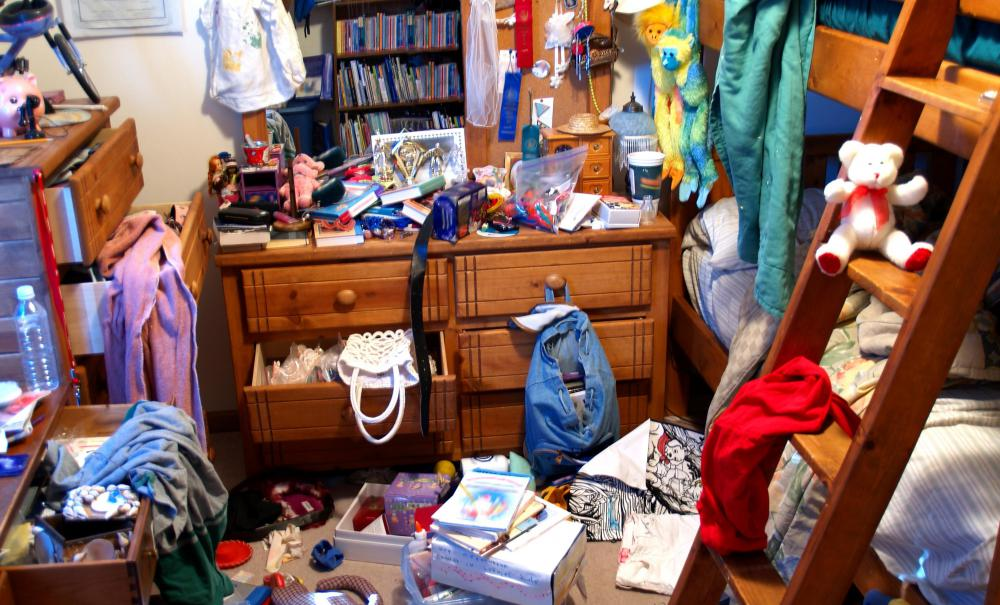 How can i make my kids clean their messy bedrooms for Clean bedroom pictures