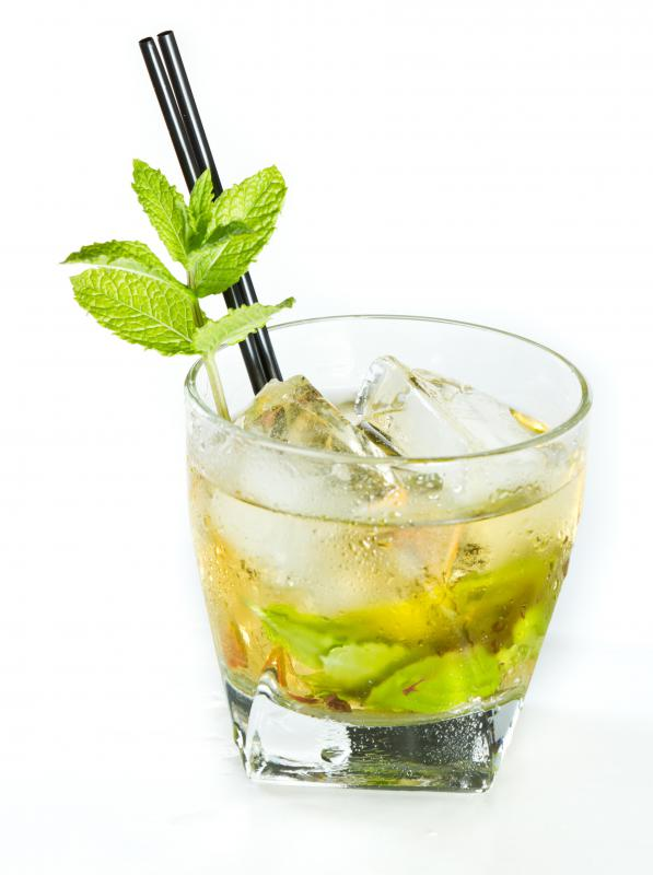 Mint juleps are alcoholic drinks  containing mint leaves.