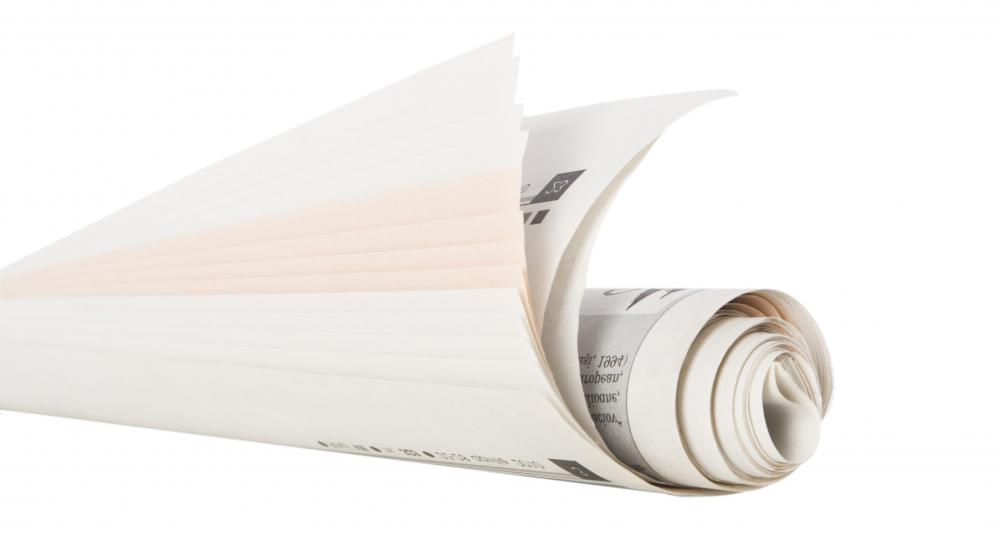 A roll of newsprint is generally 1 meter tall, weighing between 800-900 pounds.
