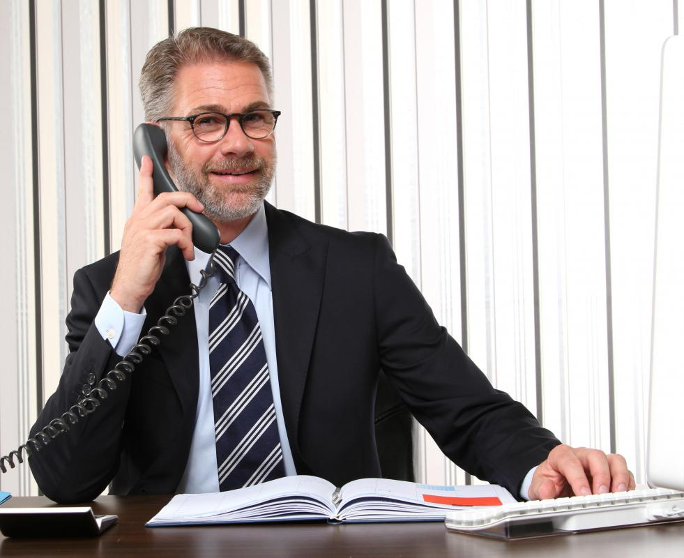 What is an Insurance Sales Agent? (with pictures)