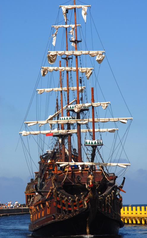"The term ""shipwright"" often calls tall ships from the Age of Sail to mind."
