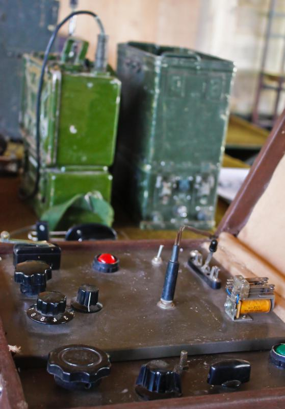 Variable capacitors, which can be found on most vintage commercial and field radios, allow operators to tune into different frequencies without having to change capacitors.