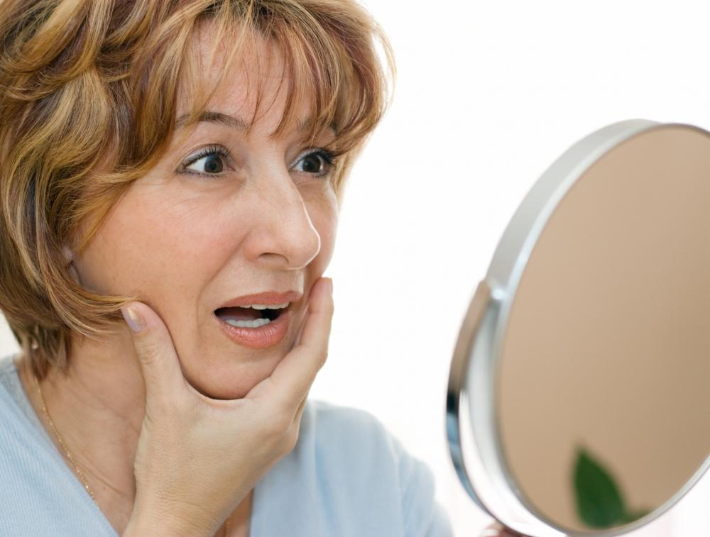 A collagen lamp may be used to delay or reverse the signs of aging.