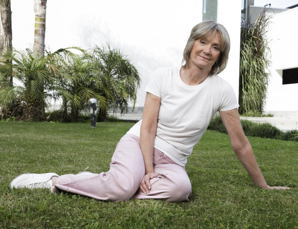 Getting plenty of physical activity is a good way to maintain memory in later years.