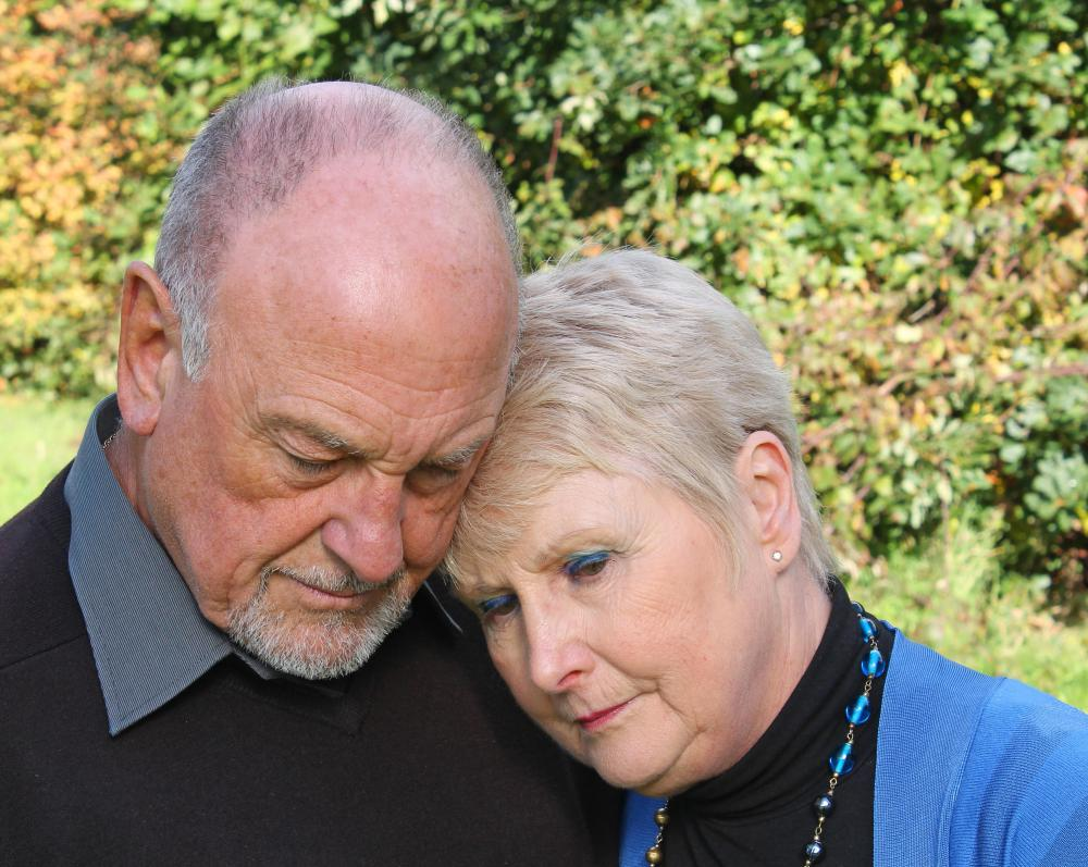 Grief counselors can help couples who unexpectedly lose a loved one.