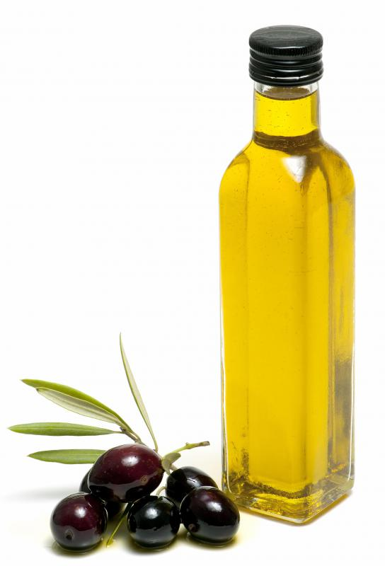Olive oil can be used in an ayurvedic mouth rinse.